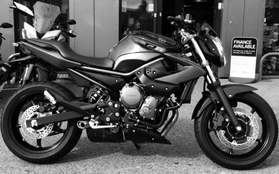 Yamaha-XJ6 ABS